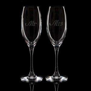 "Crystal Champagne Flutes ""Mr"" And ""Mrs"""