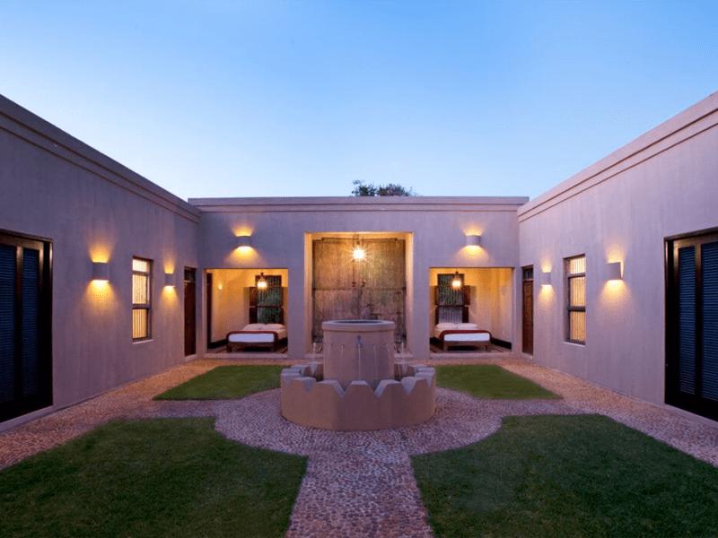 Africa House - Private Villa