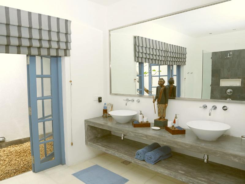 Apsara - Bathroom