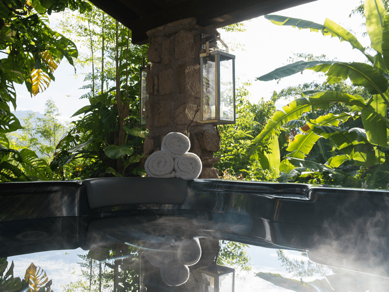 Bougainvillea - Hot Tub
