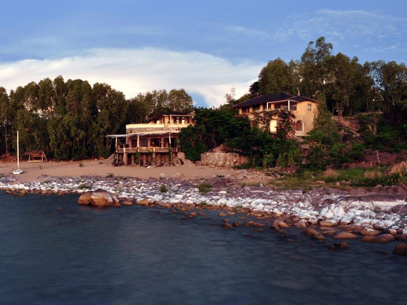 Ndomo House - Private Villa