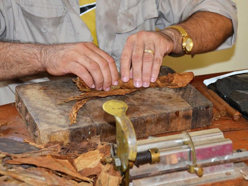 Cuba - Cigar Rolling